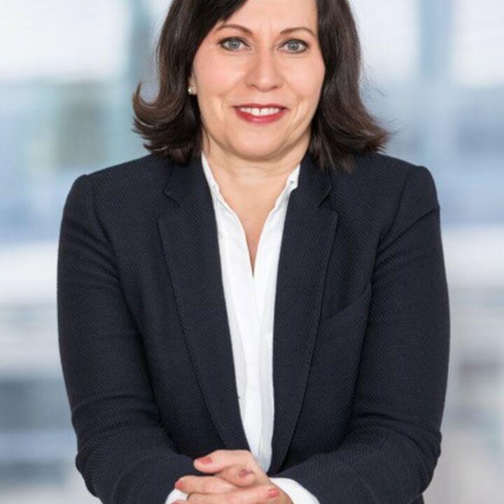 Ester Zogg